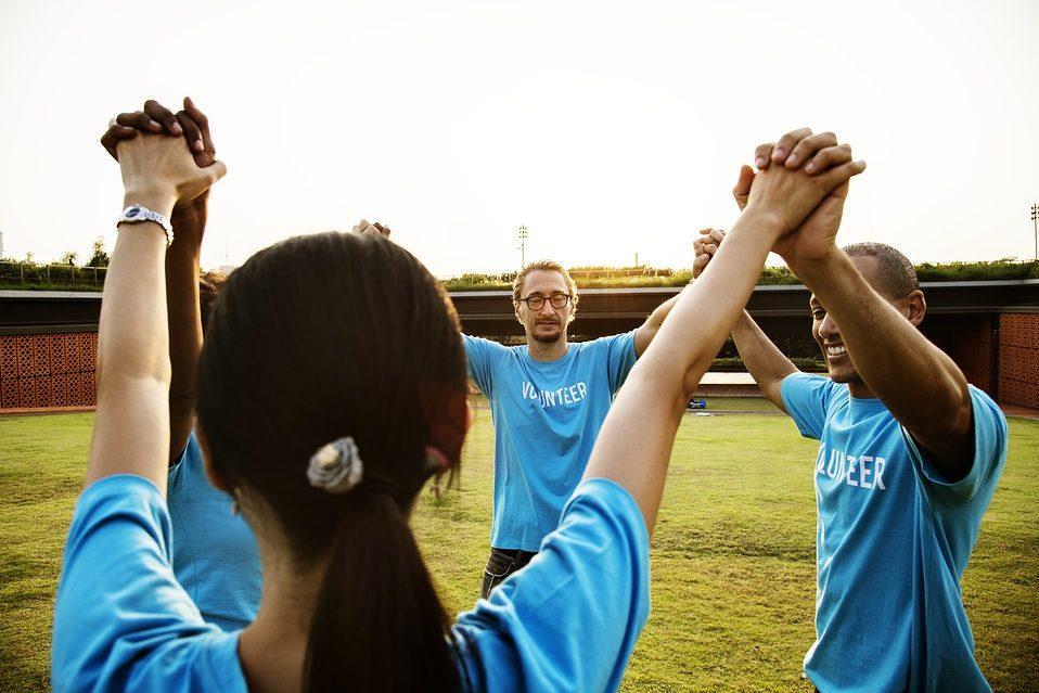 Cohesion d'équipe en entreprise à Paris grâce au sport