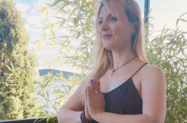Nadia, professeure de Yoga à Paris