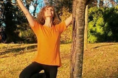 Emma, professeur de yoga à Paris