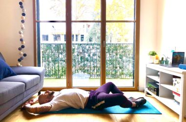 S'allonger sur le dos pour faire un sit-up