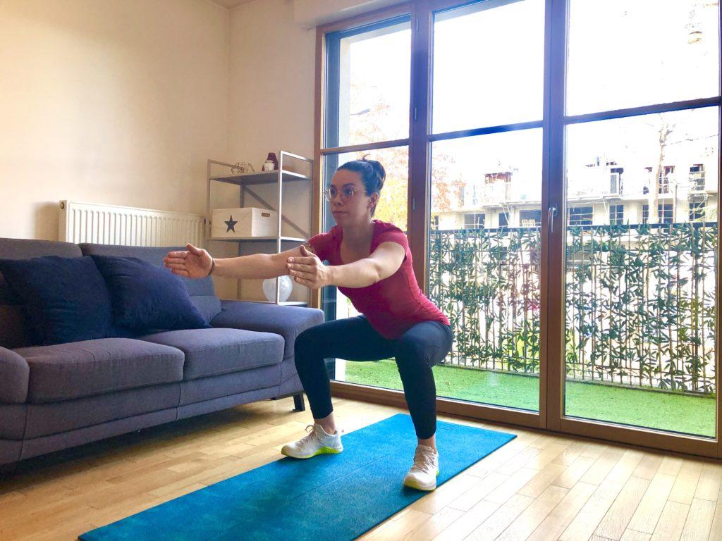 Fléchir les jambes pour faire un squat