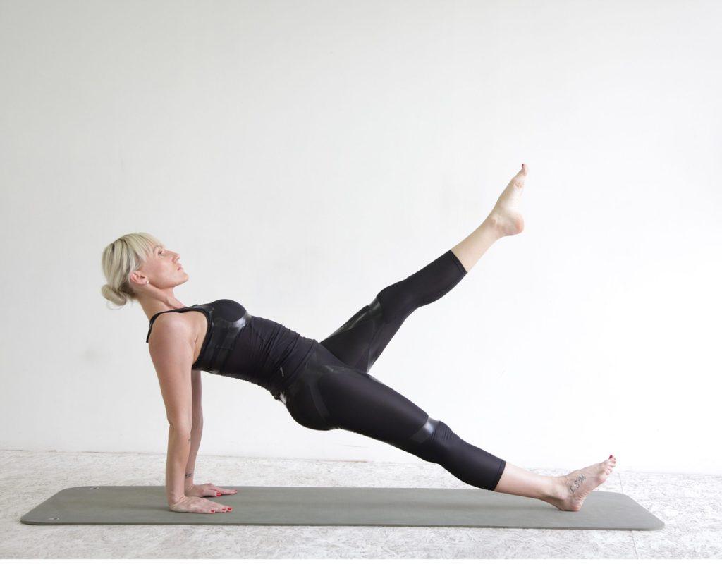 éliminer la peau d'orange avec le yoga et le pilates